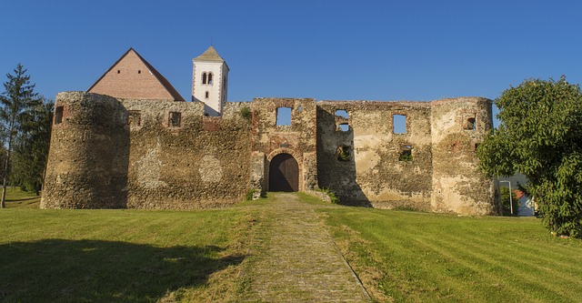 Slavonian castles