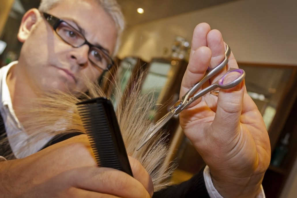 How much to tip hair stylish in Croatia